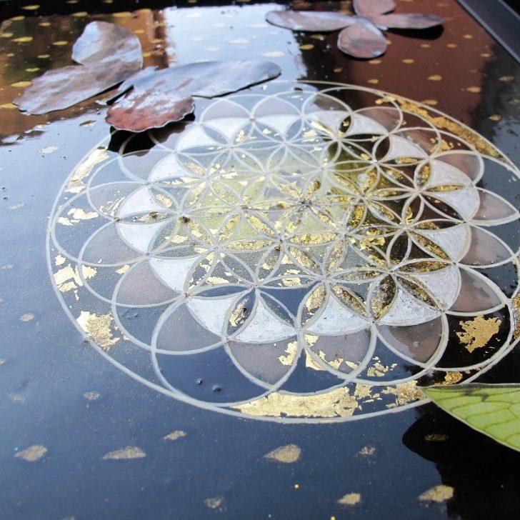 Laque & géométrie sacrée